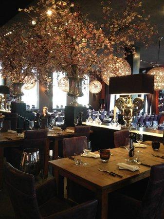 Meerbar dining room