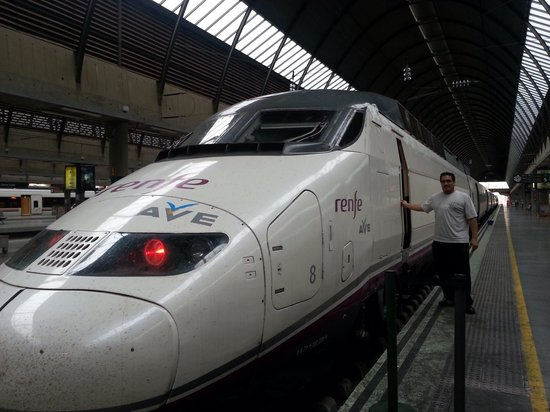 Estacion de Renfe de Sol: Tren de alta velocidad
