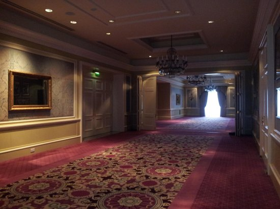InterContinental Dublin: One of the grand public areas here: