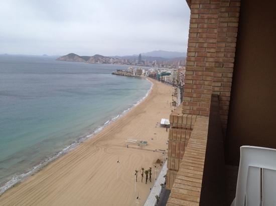 Apartamentos Les Dunes Suites: view to Poniente from 22nd floor