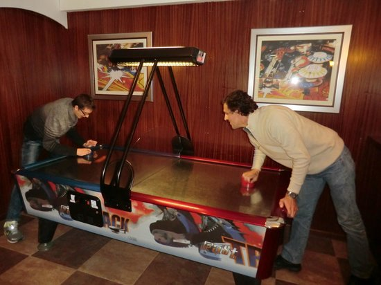 Pestana Viking: Play room