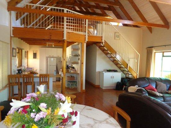Grangehurst Winery : Additional sleeping area on mezzanine