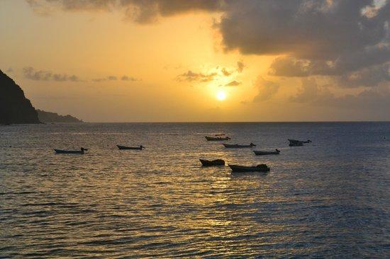 Naturalist Beach Resort: Sunset