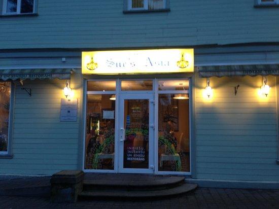 Jomas Street : Тайско китайский ресторан