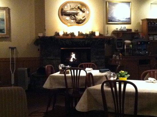 The Gloucester House Restaurant: Cozy dining area