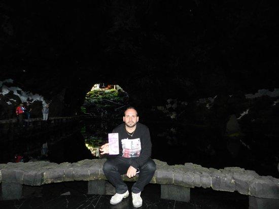Jameos Del Agua: una grotta unica con piccoli granchi unici