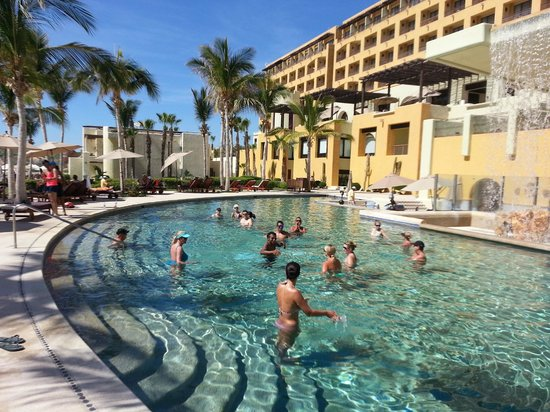 Marquis Los Cabos All-Inclusive Resort & Spa: Aqua Zumba