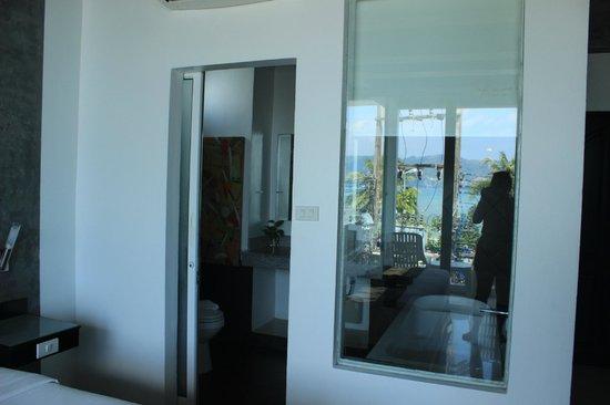 Ocean view room Bathroom - Picture of The Front Hotel and Apartments on men's stainless steel urinal, men's ideas, men's color, model designs, men's decor, men's house design, men's closets, men's dopp kits for travelers, men's home offices, men's apartment design, men's lounge, men's office designs, men's bath designs, men's living room, men's bedroom designs, men's club interiors, men's bedding sets, men's bedroom furniture, men's interior design, men's restroom layout,