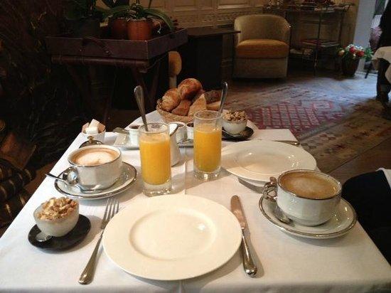 La Maison de Lucie : Perfect way to start the day!