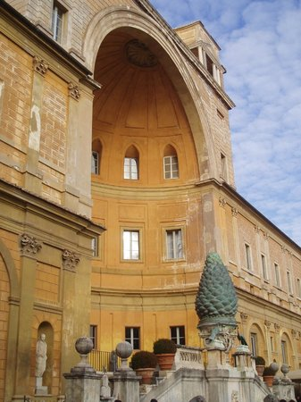 Vatican Guided Tours : Vatican