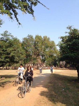 Legendha Sukhothai : biking around the park is not to be missed!