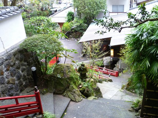 Hotel Senkei: View of hotel on the way to private sauna/onsen