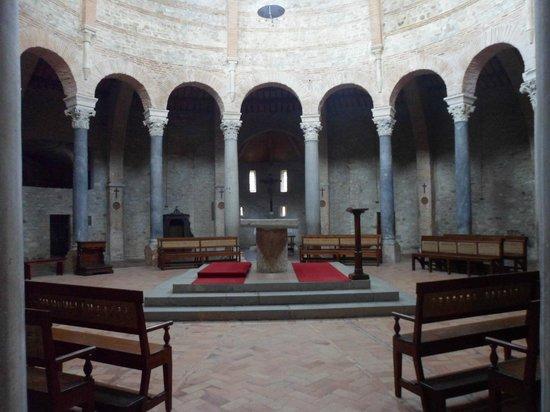 Tempio di Sant'Angelo: Interno