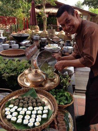 Legendha Sukhothai : Khun Manop, the friendliest and most helpful hotel manager