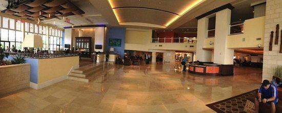 Melia Nassau Beach - All Inclusive : Hotel Lobby