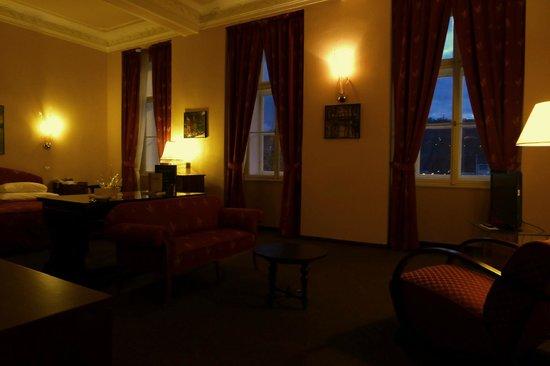 Hotel Leonardo Prague : Castle View Junior Suite