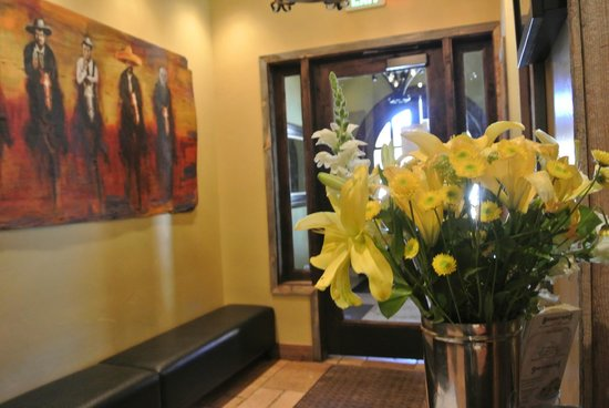 Hacienda Grill Mexican & Sports Bar: Entrance