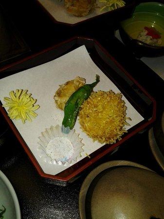 Hotel Senkei: Yum fried fish cake