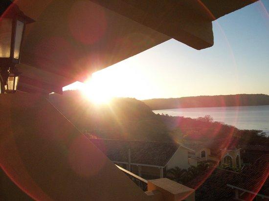 Allegro Papagayo : Sunrise