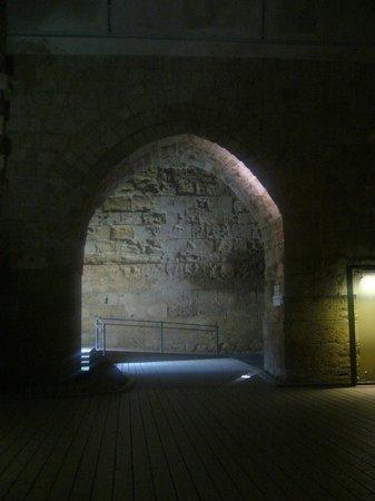 Crusader Fortress: Nave-almacén de la Fortaleza