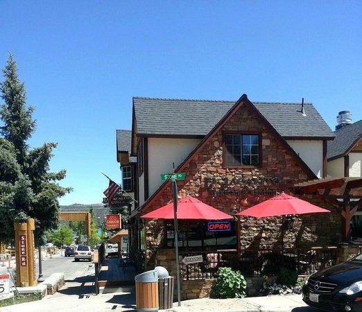 El Jacalito Grill: Front building