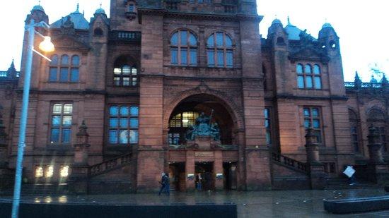 Campanile Glasgow: Kelvingrove Museum