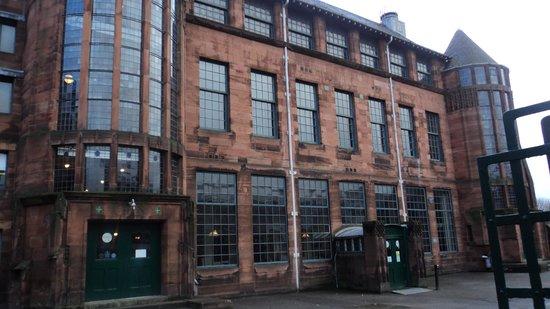 Campanile Glasgow: Old School Museum