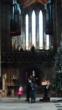 Campanile Glasgow: Cathedral on Christmas Day