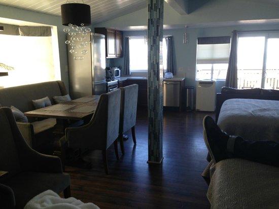 Ocean Beach Hotel: condo