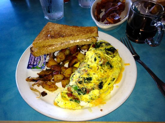 Betty's Beach Cafe : Spinach and bacon, yum!