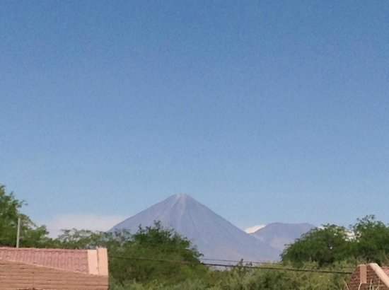 La Casa de Don Tomas: Vulcão Licancabur sempre presente