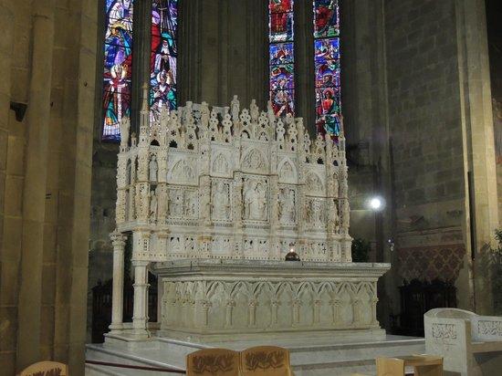 Duomo San Donato: ARCA SAN DONATO 1300