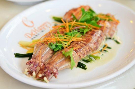DeHappy Seafood Restaurant: steamed mantis prawn