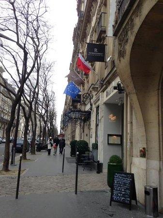 Renaissance Paris Le Parc Trocadero Hotel: from the outside