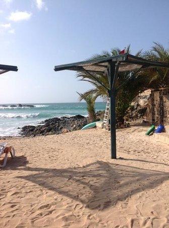 Marine Club Beach Resort : angolo di spiaggia