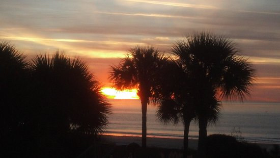 Marriott's Monarch at Sea Pines: sunrise at Monarch