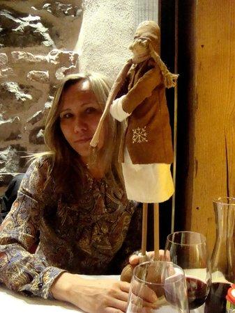 Au Petit Chalet: За столиком