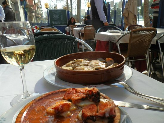 Toc de Mar : Обед на террасе