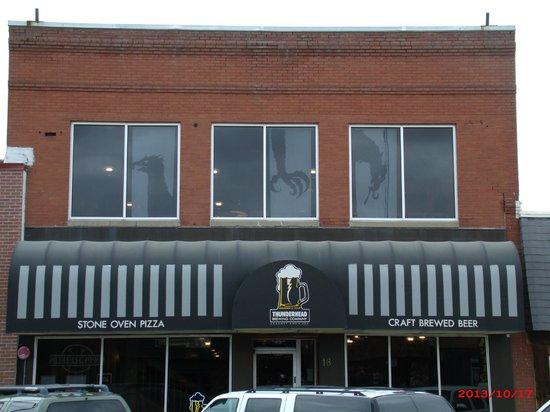 Thunderhead Brewing Company: Kearney NE Thunderhead Brewery