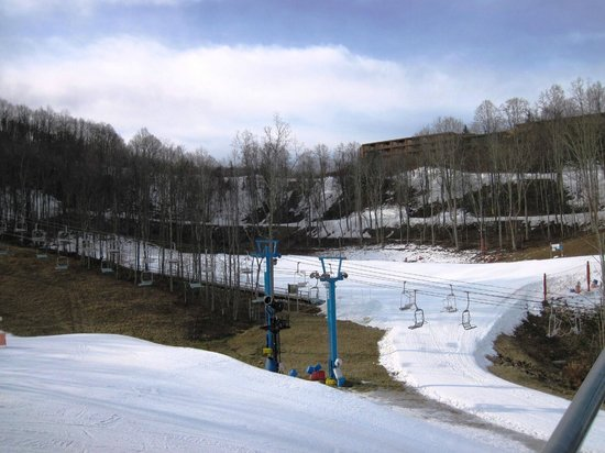Winterplace Ski Resort: Thank goodness for a good base!