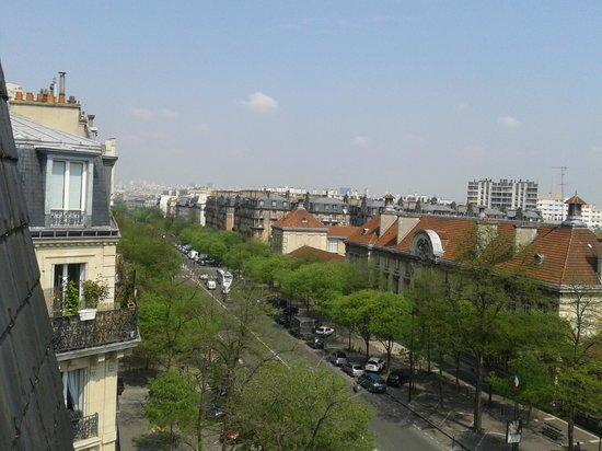 Hôtel Coypel : Vista do quarto que ficamos.
