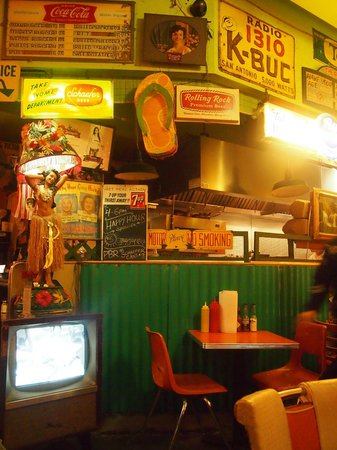 Trailer Park Lounge and Grill : Trailer Park Lounge