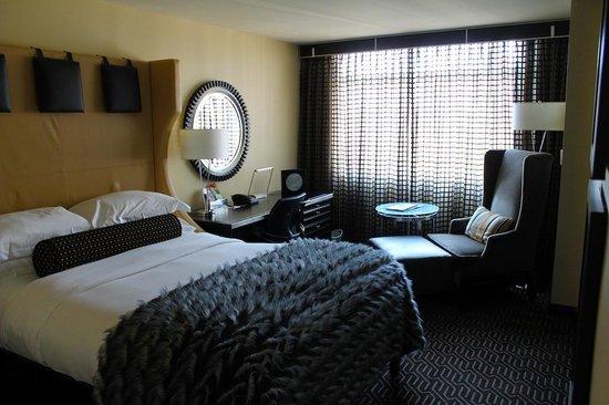 Kimpton Nine Zero Hotel: Bedroom