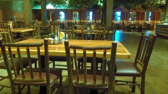 Great Wolf Lodge Water Park: Loose Moose Dining