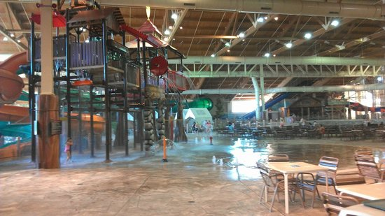 Great Wolf Lodge Water Park: Water Tower at Indoor Park