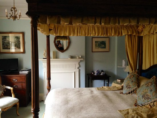 Greenways: Four Poster Bedroom