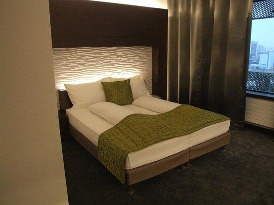 Airport Hotel Basel: nice decor