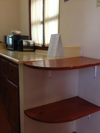 The Crown Villas at Lifestyle Holidays Vacation Resort: kitchen