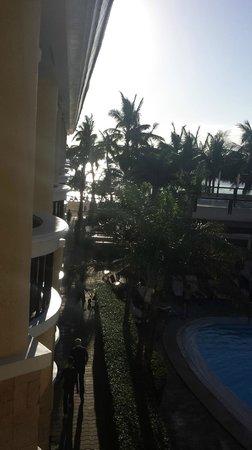 Boracay Regency Beach Resort & Spa: ocean view from corner of balcony
