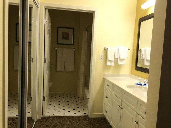 HYATT house Miami Airport: banheiro